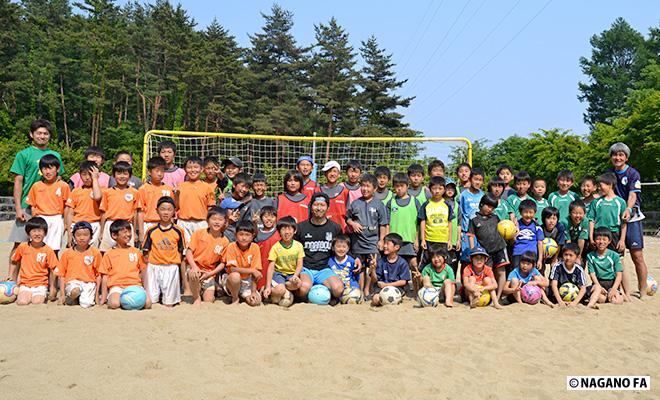 ビーチサッカークリニック(小学生)@駒ケ根高原「森と水のアウトドア体験広場」
